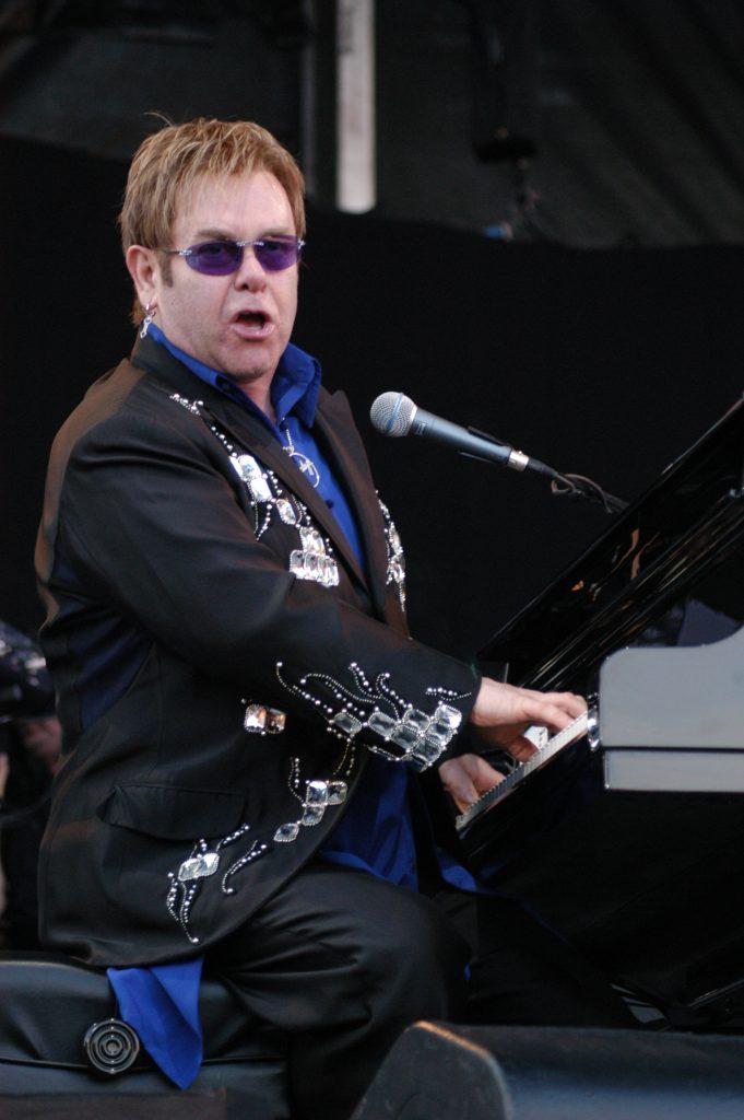 Elton275